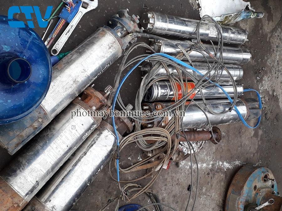 Nơi cho thuê máy bơm chìm hỏa tiễn giếng khoan tại Hà Nội